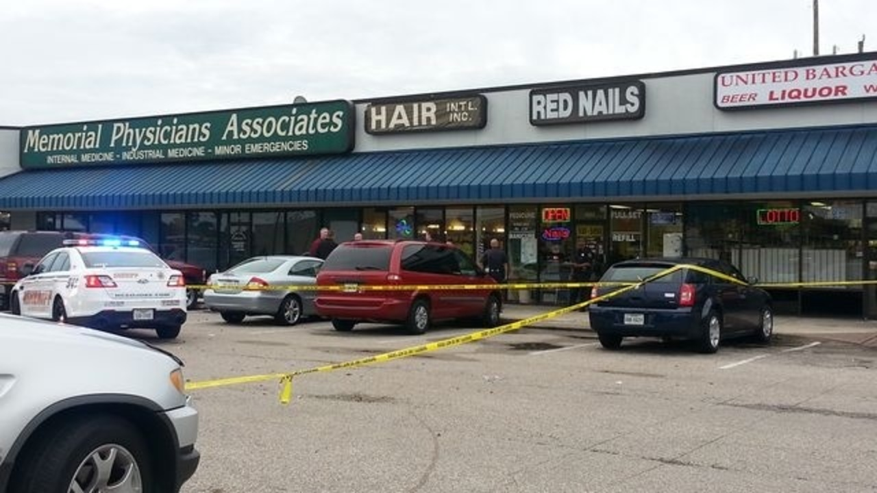 Nail salon worker shot during robbery in nw harris county for 22 salon houston