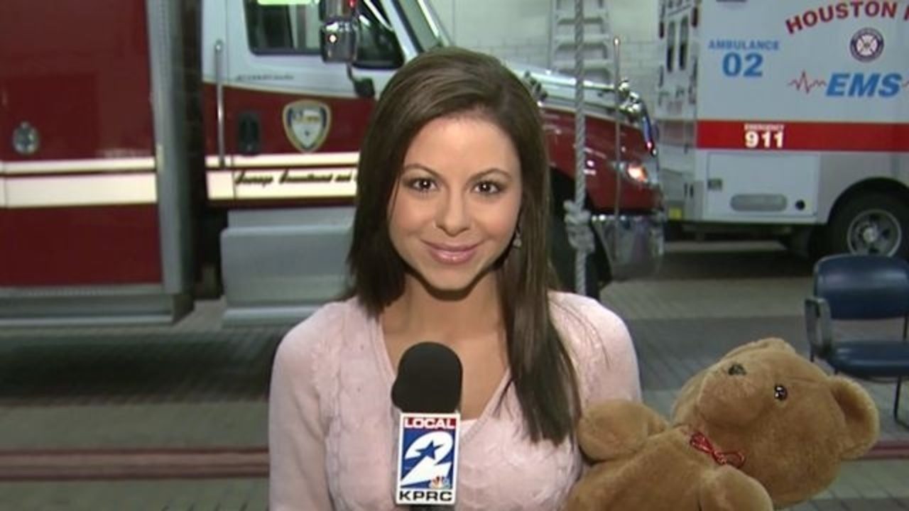 Kprc joins hfd for toy drive for Laporte county clerk s office