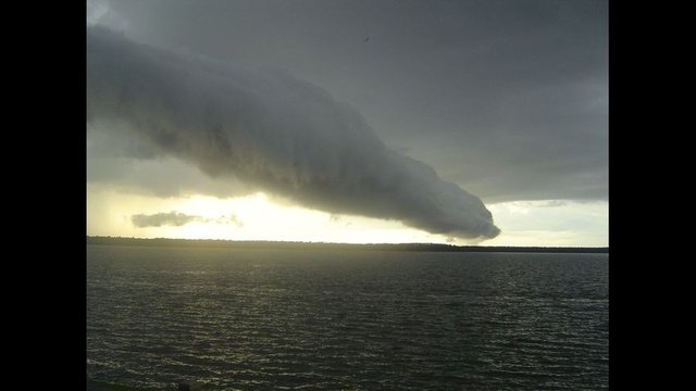 Roll Cloud Crosby