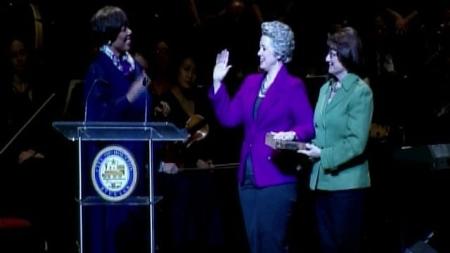 mayor takes oath