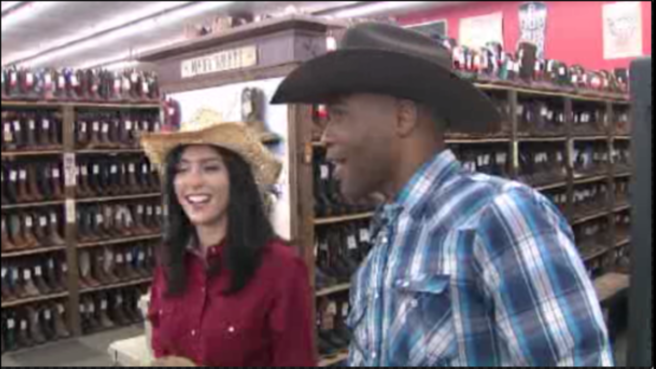Cavender's Boot City Cavender's Boot City has been a trusted cowboy boots and western wear outfitter for over 45 years, featuring the largest selection of boots in the world. Cavenders has been helping cowboys and cowgirls find just the right pair of boots, jeans, shirts and cowboy hats for a long time – find great deals on the top brands.