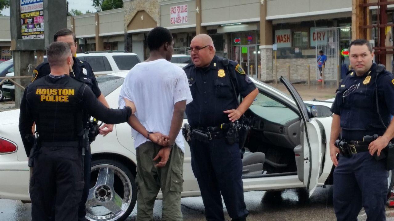 Bank 720 Man Woman Killed Car Crash