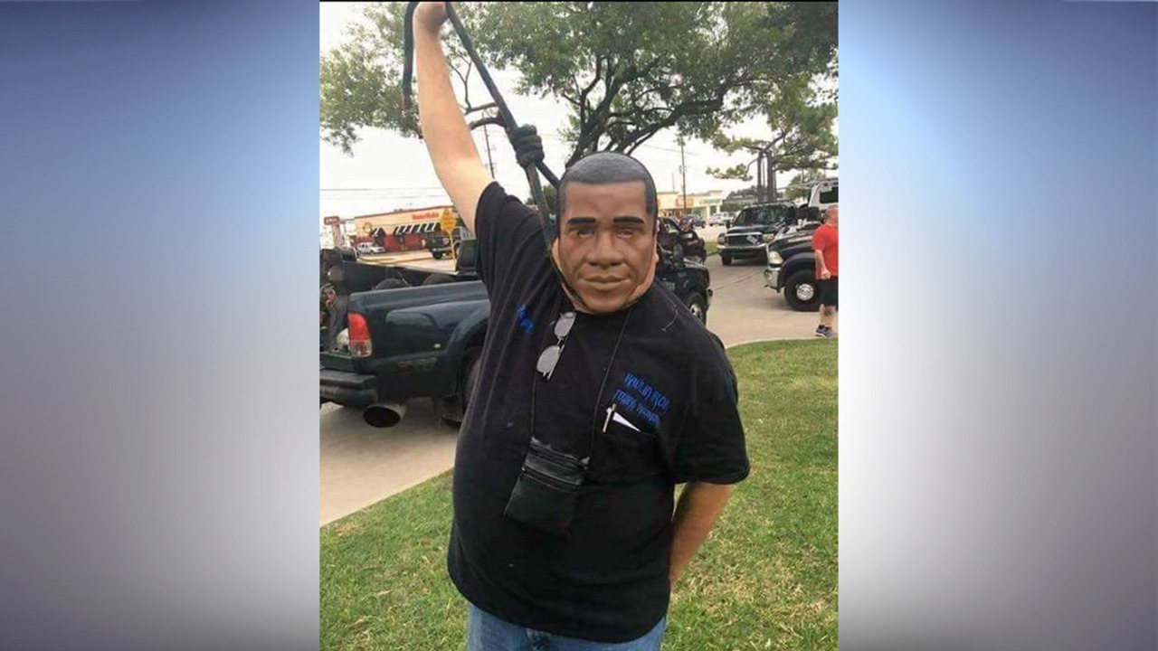 Tow Truck Houston >> Tow truck employee posts photo with noose around neck while...