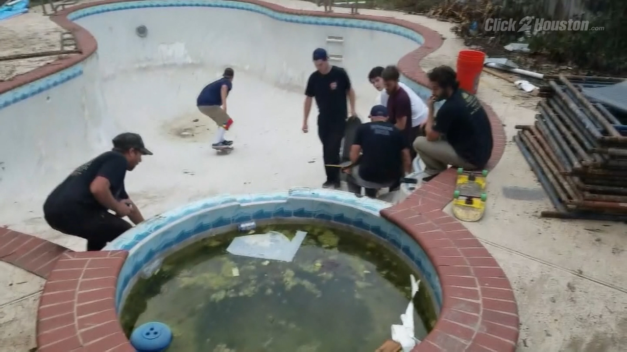 Houston Skateboarders Caught Draining Pool For Personal