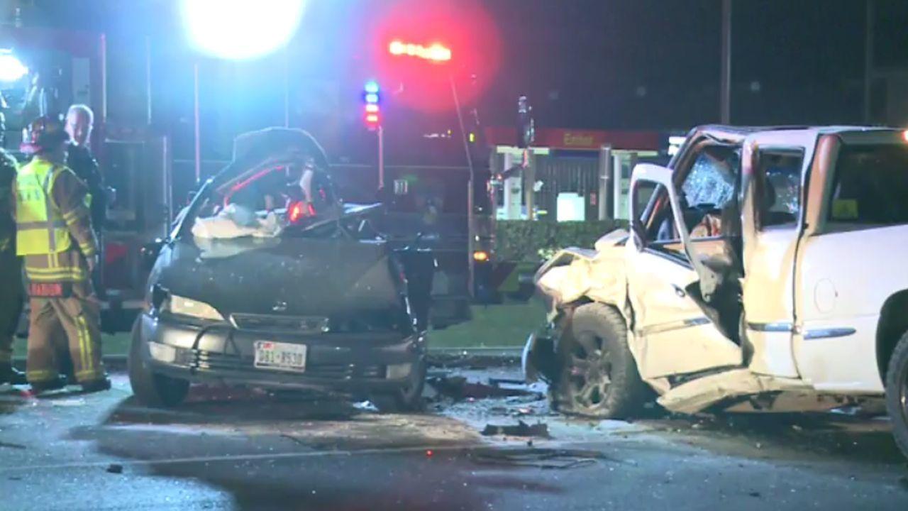 1 man dead, 3 teens injured after crash on FM 1960, deputies say