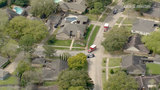 2 Houston police officers shot&#x3b; 1 suspect on the run