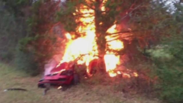 Car explosion_24748026