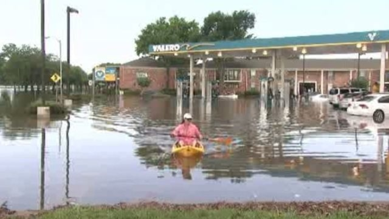 The Woodlands Texas Flooding >> Brays Bayou causes flooding issues in Bellaire, Meyerland homes