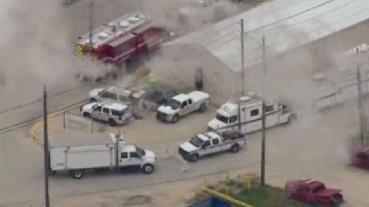 Four people dead after spill at dupont facility in la porte for La porte tx news