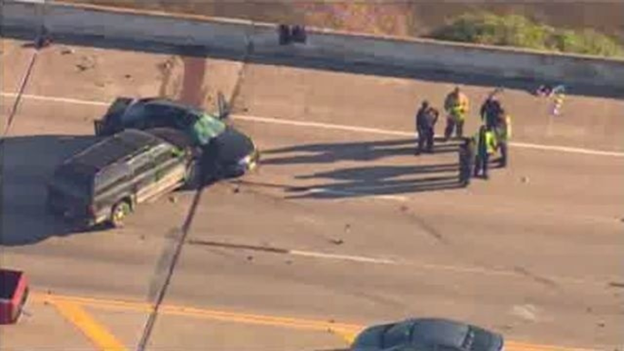 Woman dies in wreck on FM 1960 bridge over Lake Houston