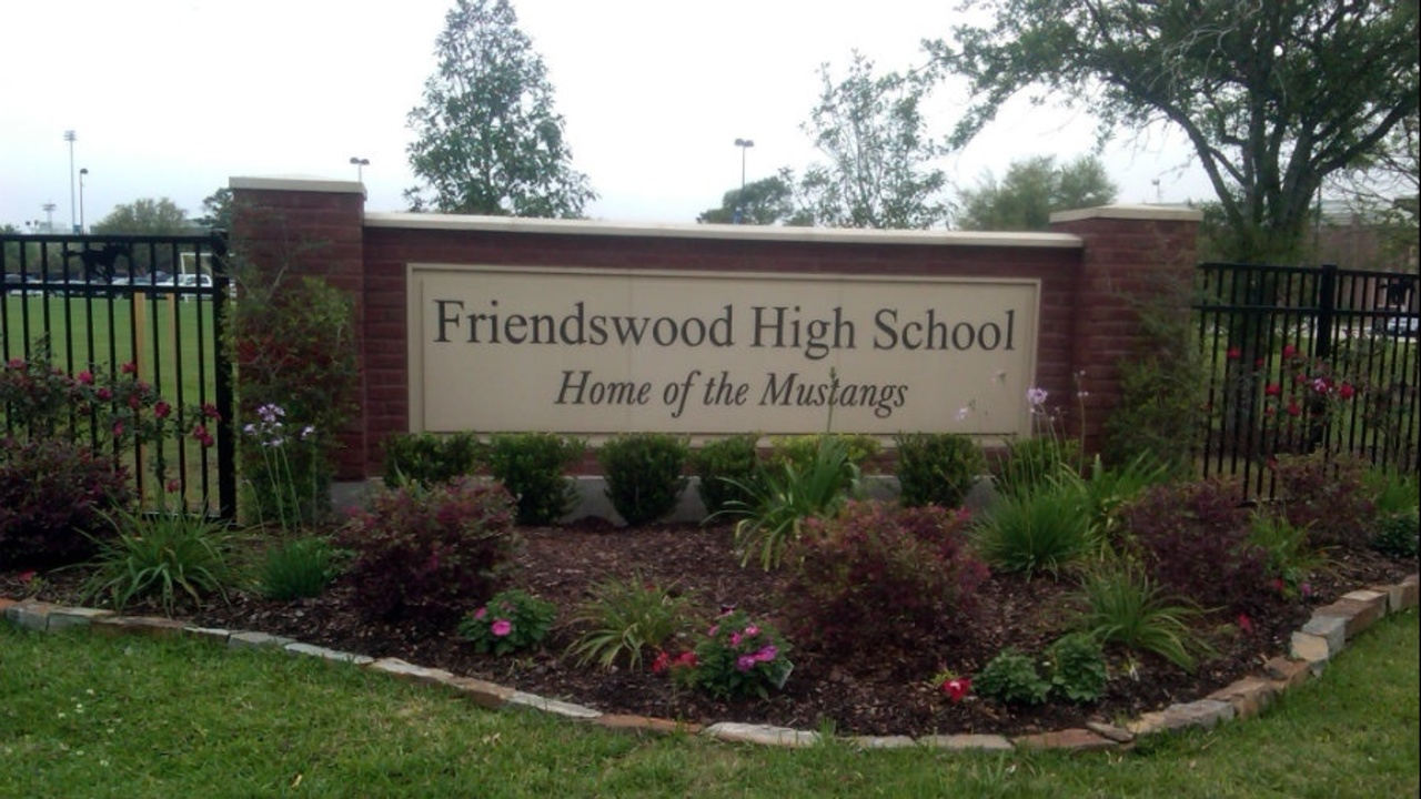 2 Friendswood High School students charged with having gun on