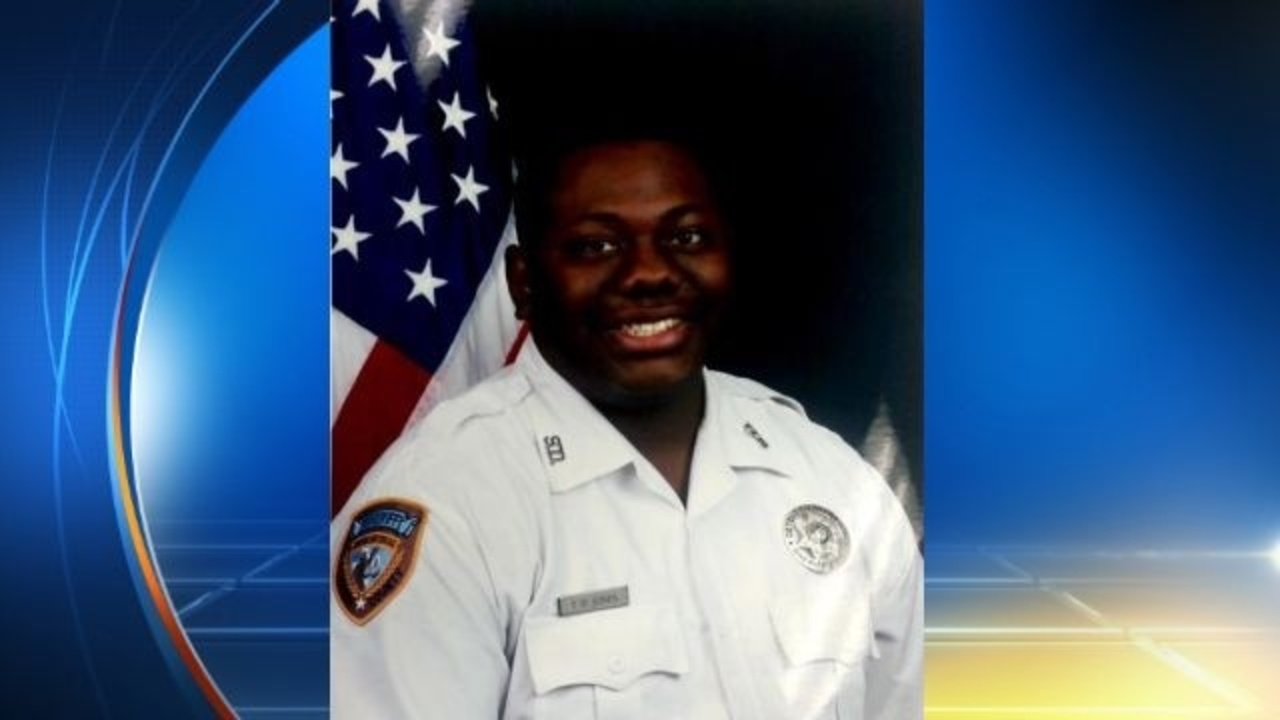 Detention officer dies during confrontation with inmate at