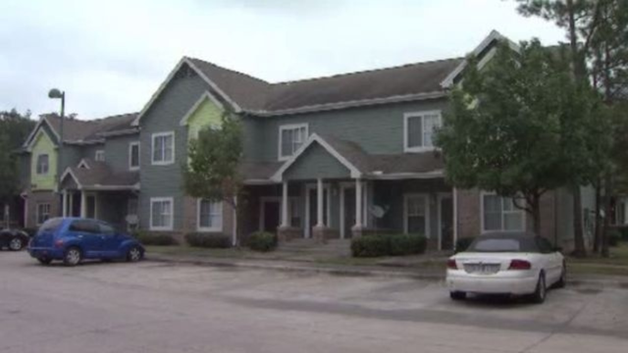 Ch  2 Investigation: $100,000 incomes & living in public housing