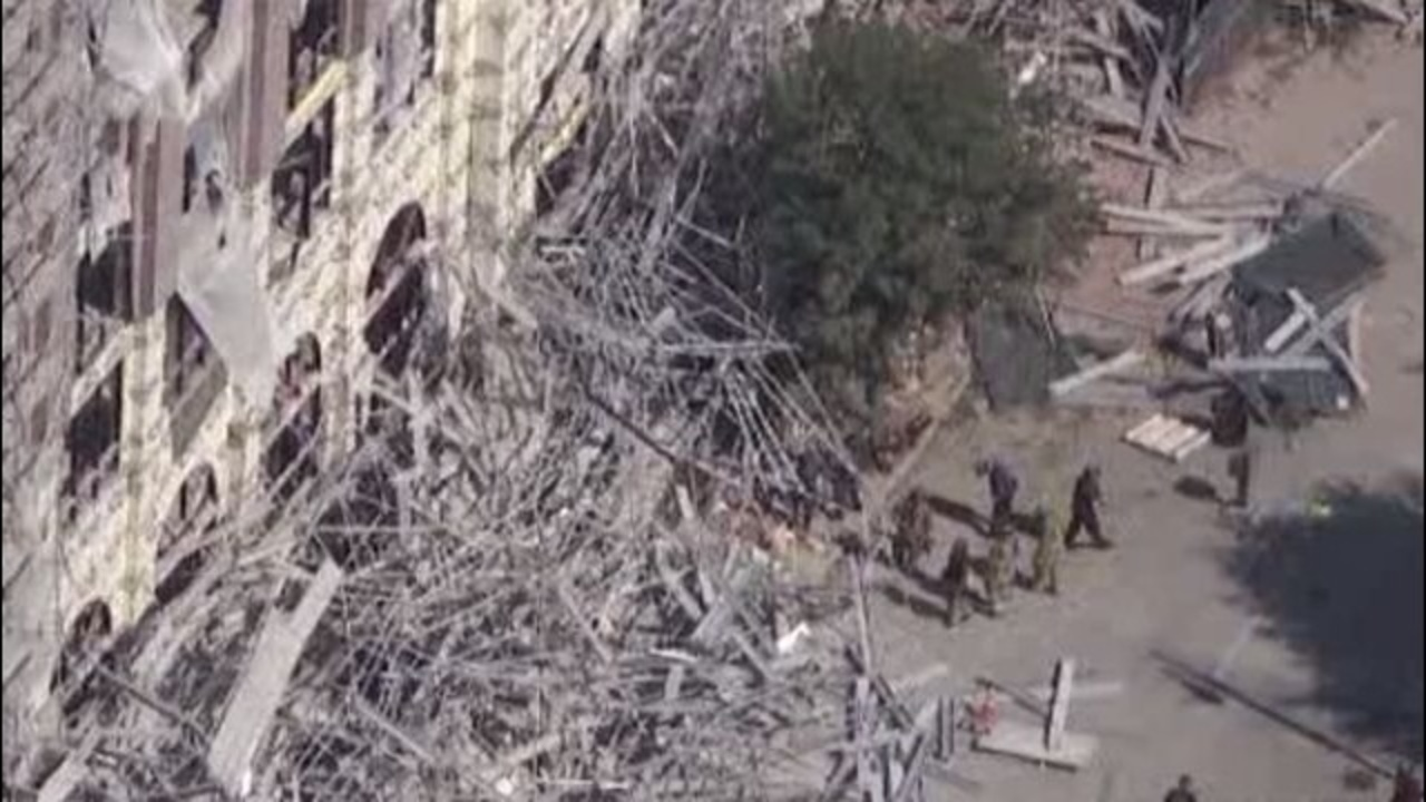 cleanup follows scaffolding collapse in downtown