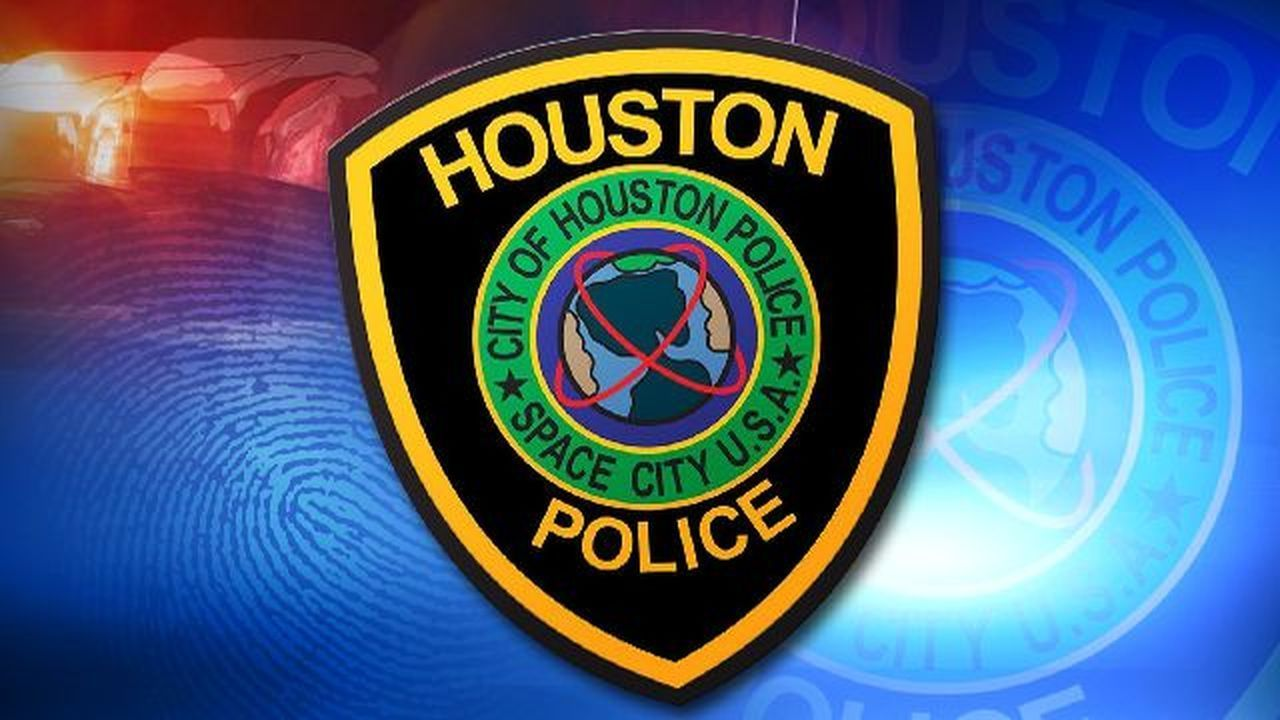 Hpd Officer Shoots Burglary Suspect In Nw Houston