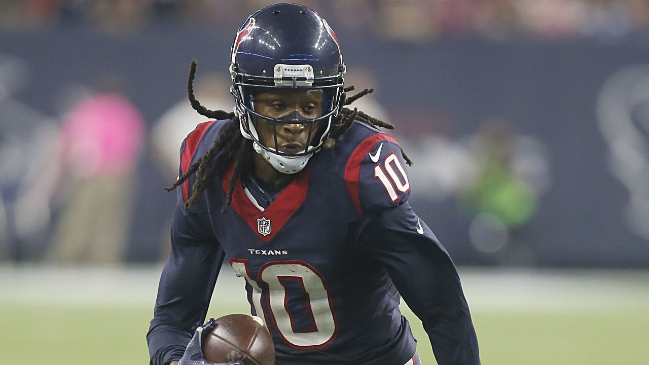 Texans WR DeAndre Hopkins will hold out for new contract