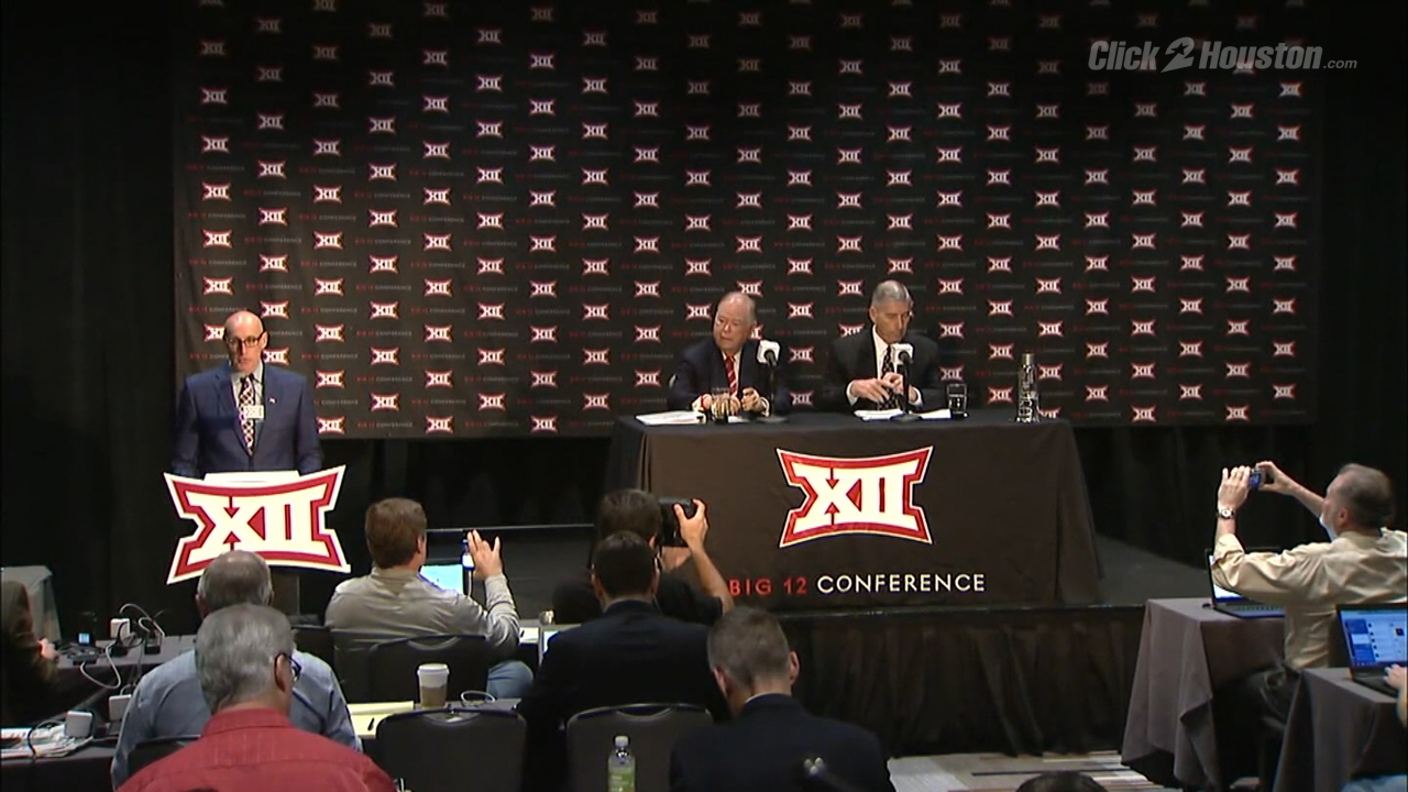 No Big 12 expansion, UH stays in AAC