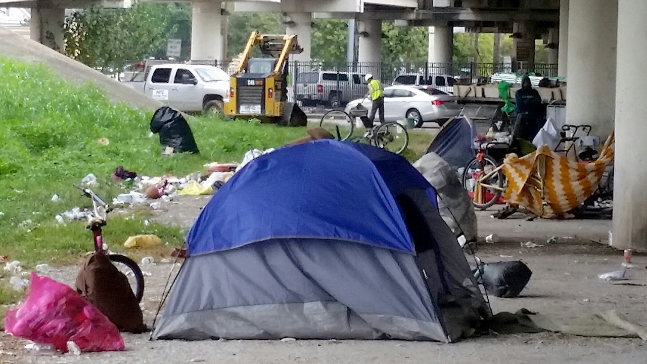 Mayor Turner announces solutions to Houston's homeless problem