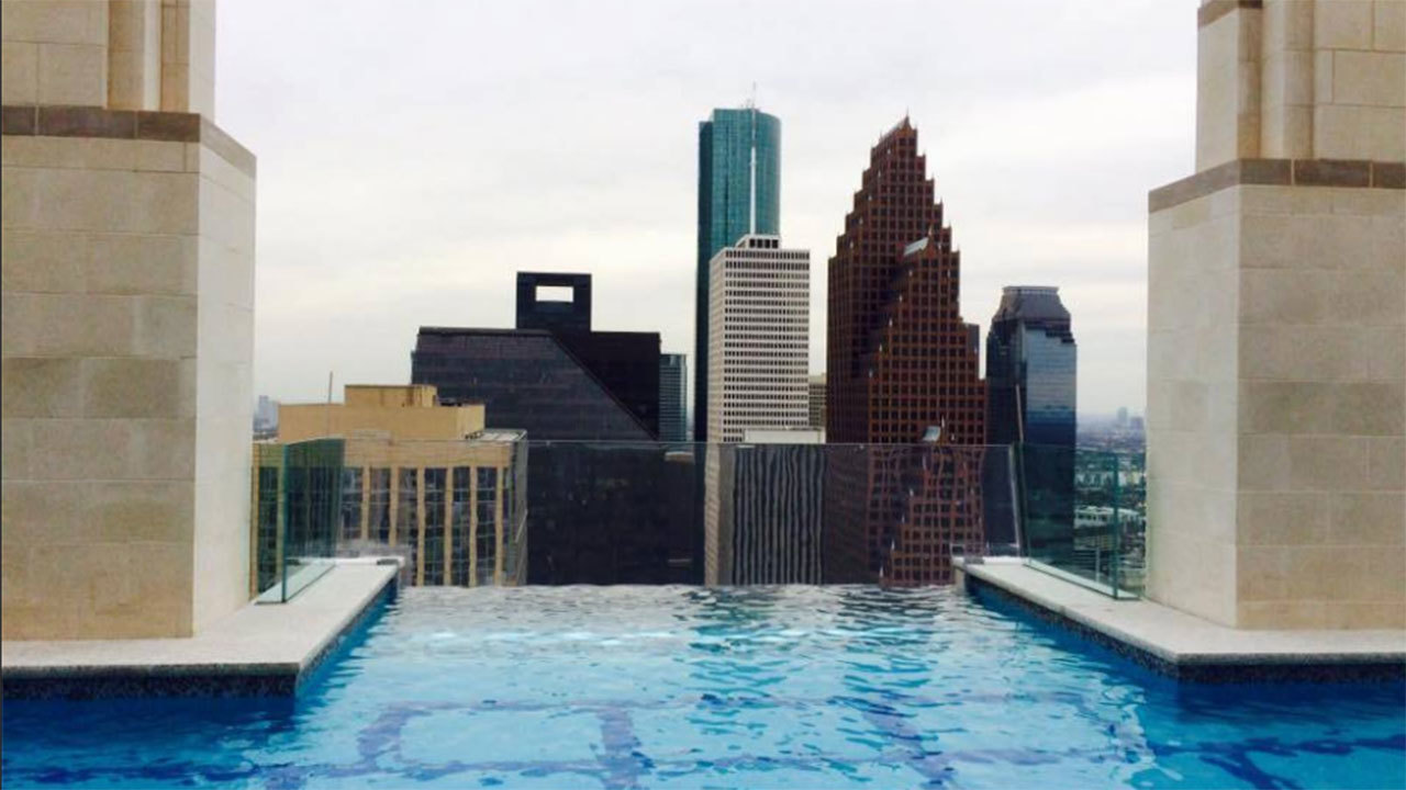 Residents can swim walk 40 stories above downtown houston - Can pregnant women swim in public pools ...