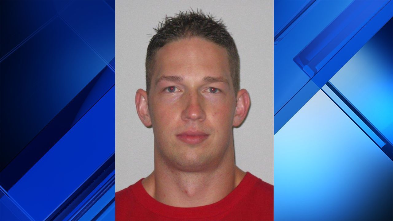 Baytown Officer Accused Of Offering To Scrap Tickets For Nude-3384