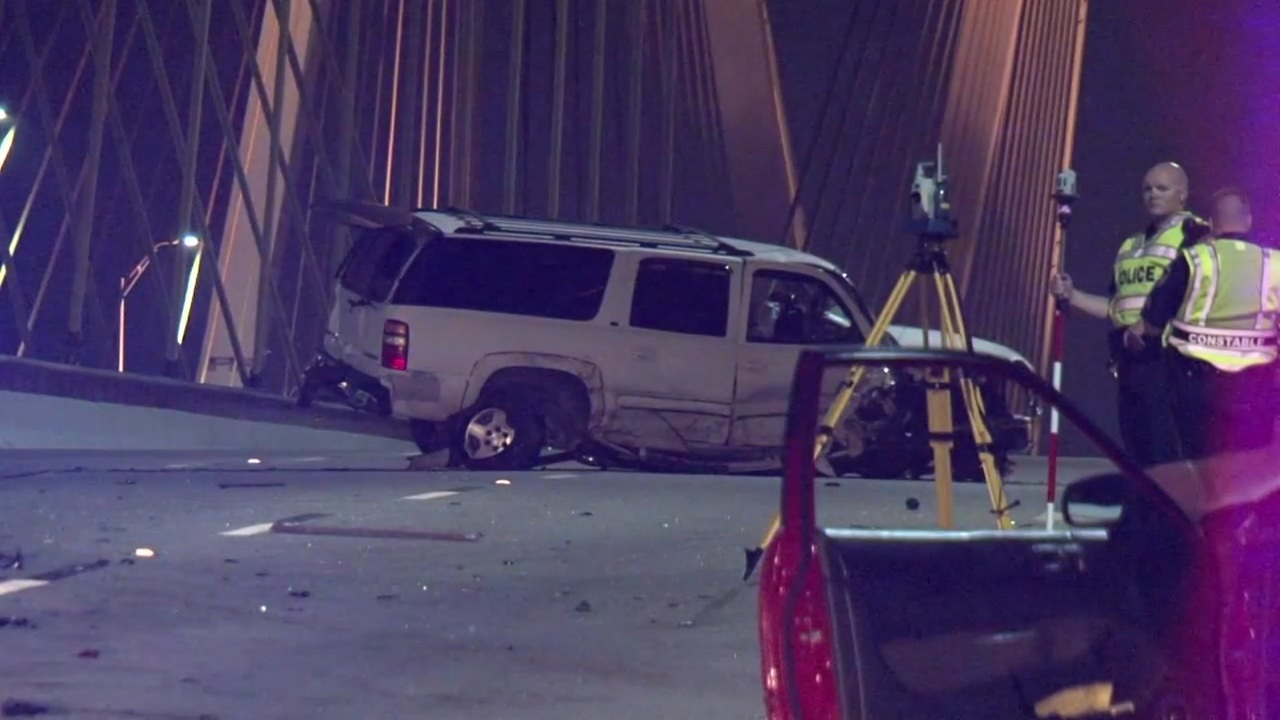 Wrong Way Driver Causes Crash On Fred Hartman Bridge
