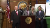 Mayor Sylvester Turner holds press conference for new recycling deal