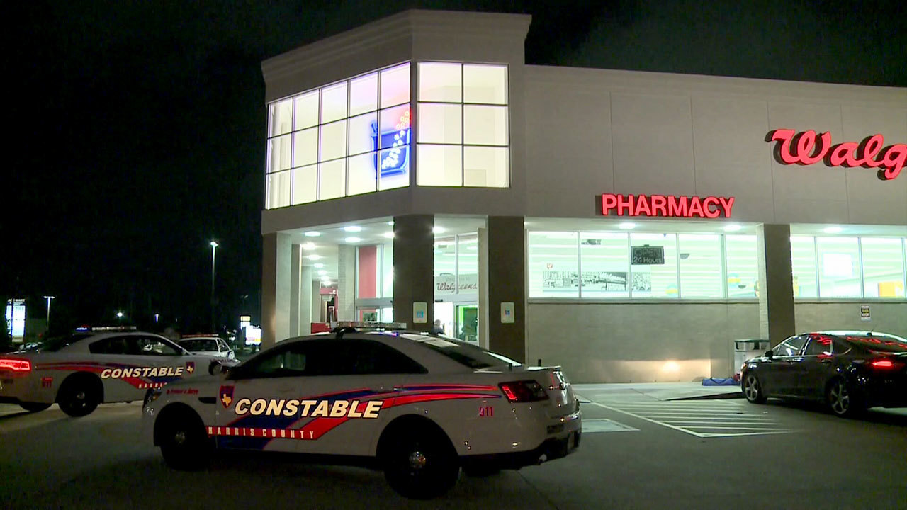 Employees at home for walgreens - Trio Holds Customers Employees At Gunpoint During Walgreens