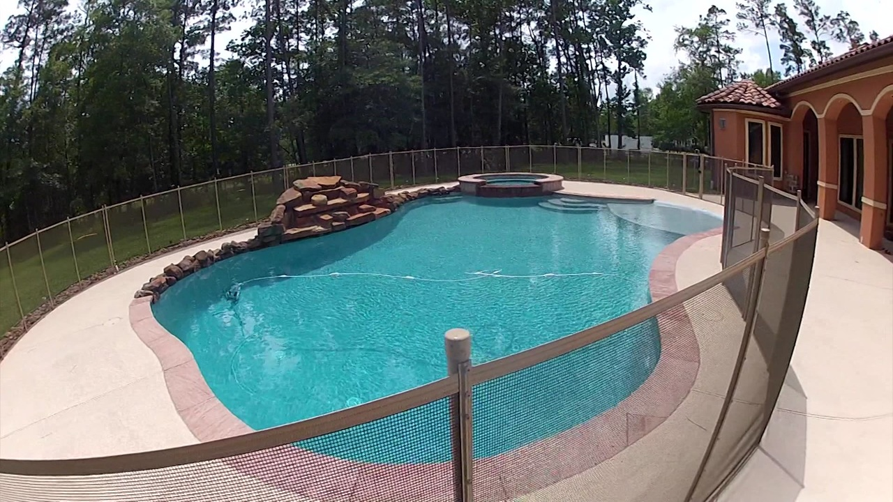 Pool Fence spring homeowner battles hoa over pool safety fence