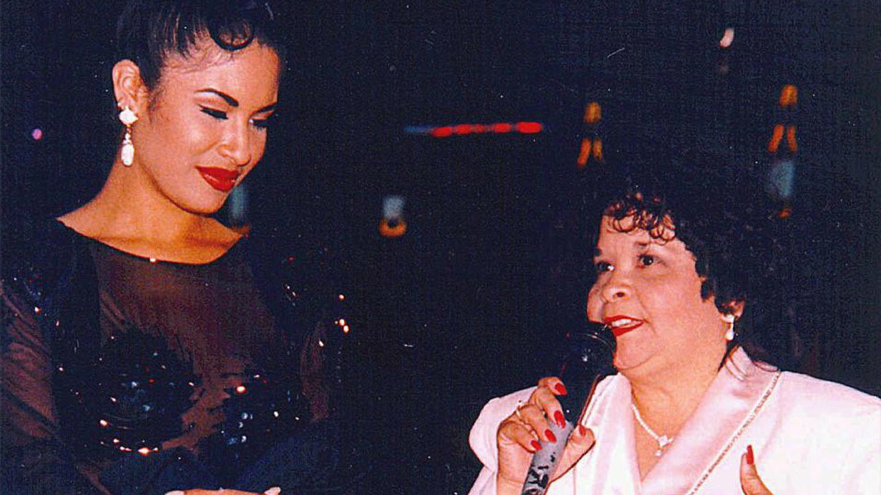 Selena Quintanilla's killer is alive, Texas official says