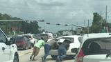 PHOTO: Woman highlights diversity of Good Samaritans helping stranded&hellip&#x3b;