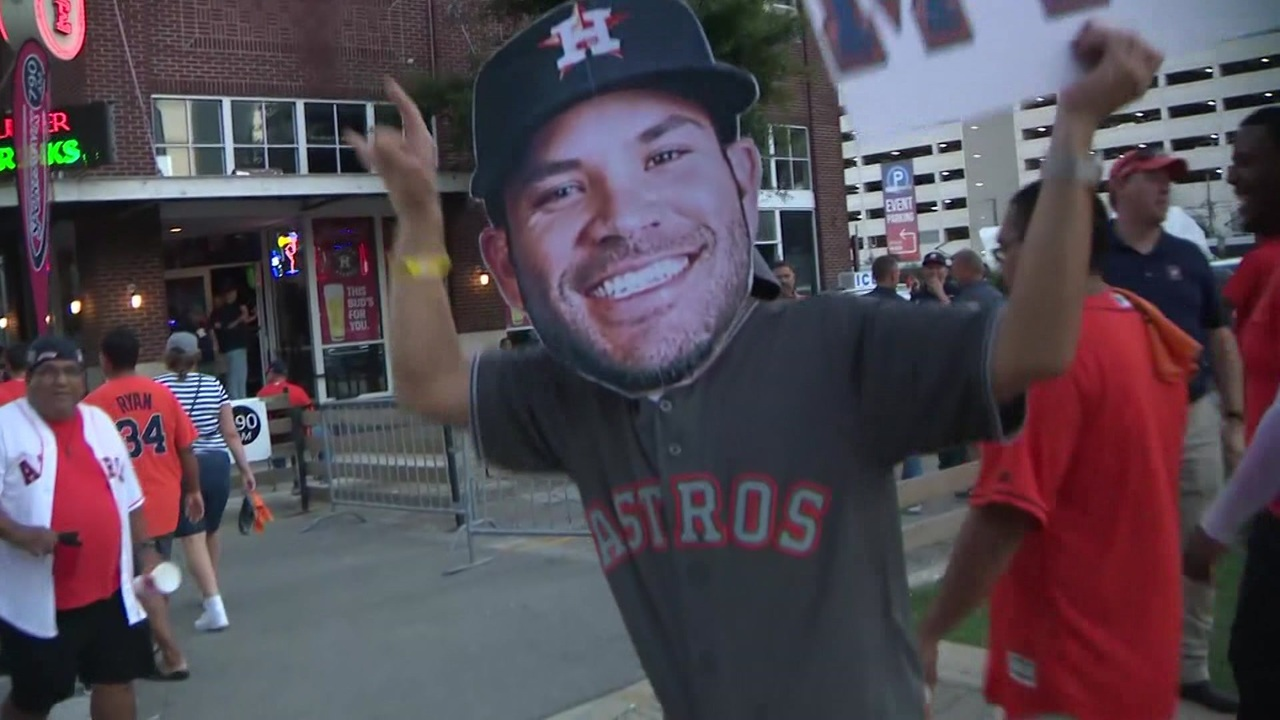 f3136b235fe1 Astros fans get pumped for Game 2
