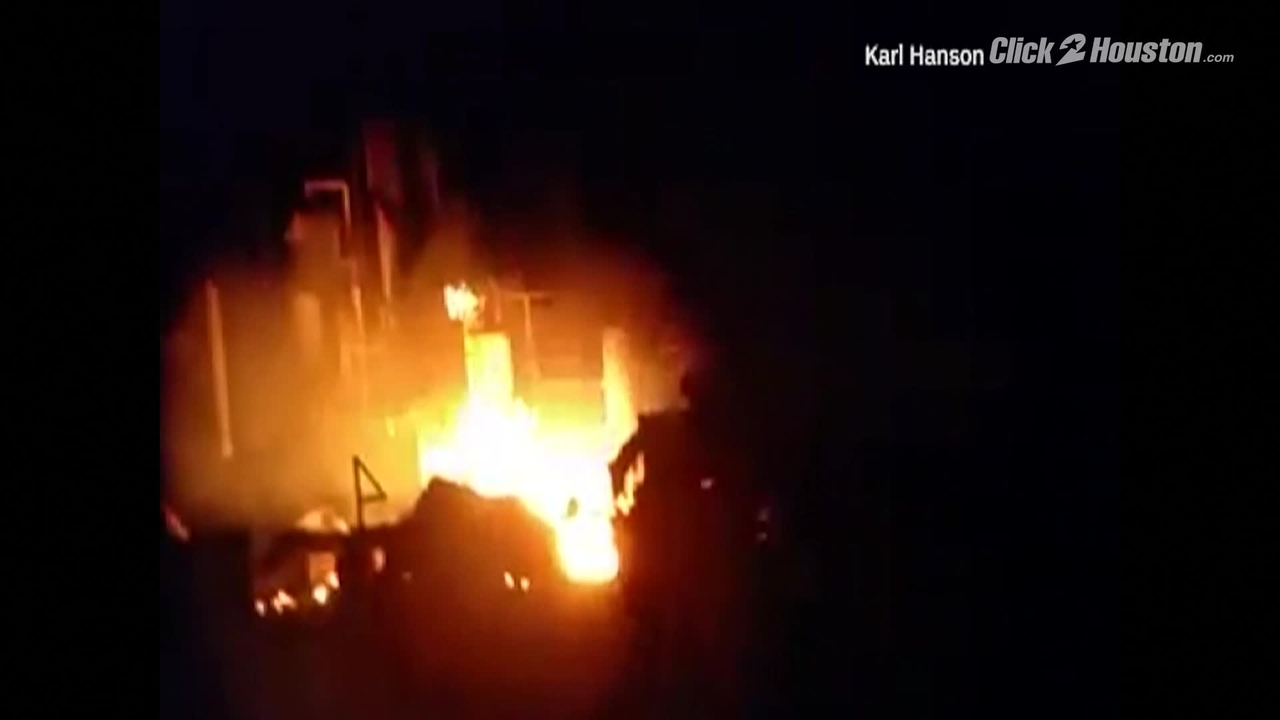 Mercedes Benz Of North Houston >> 1 missing after oil rig explodes in Louisiana lake injures 7