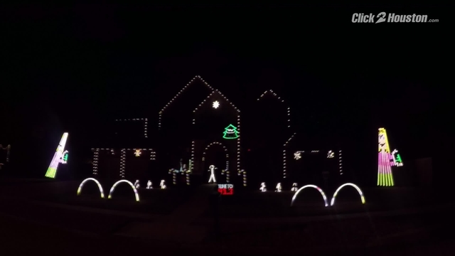 video thumbnail for astros world series championship christmas lights in front of league city home