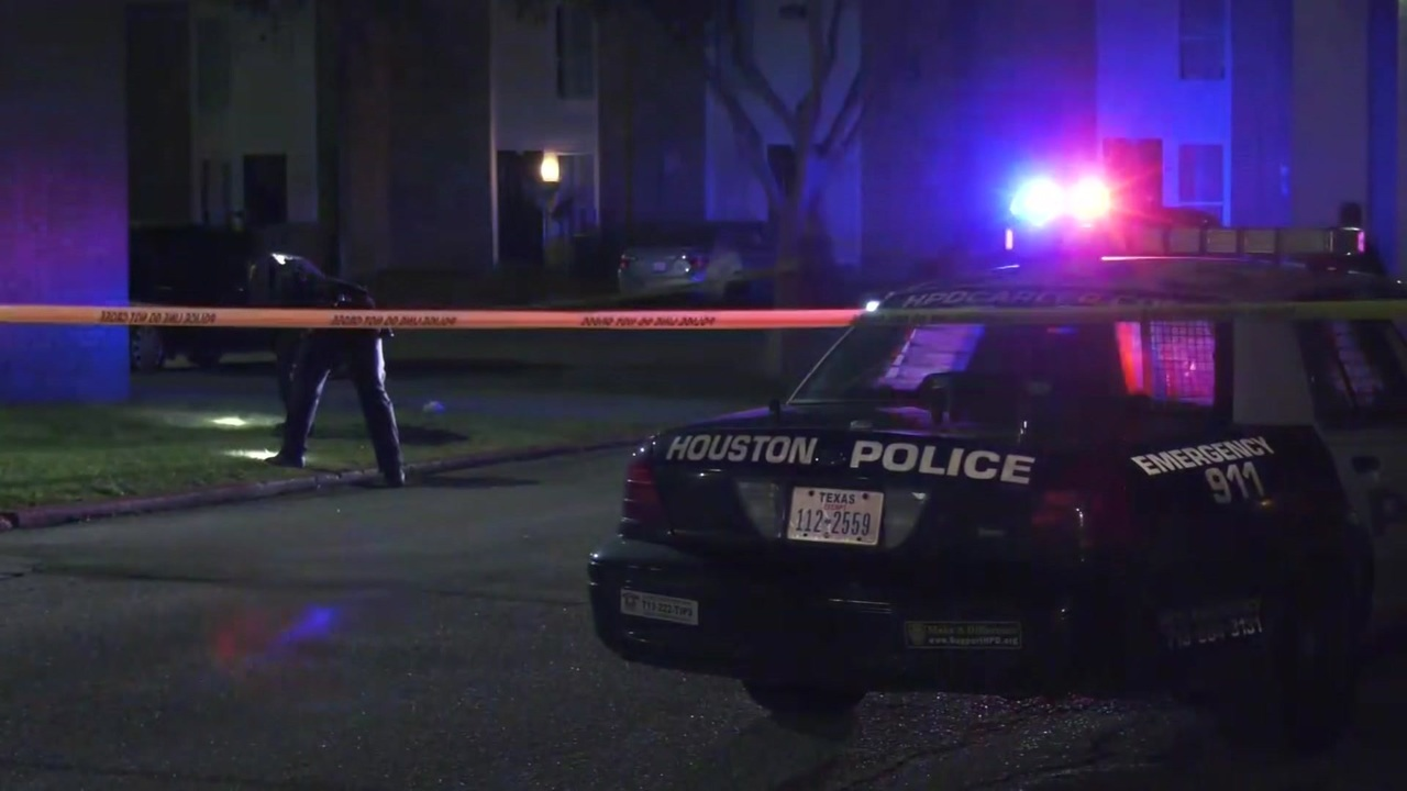 Teen Killed 2 Others Injured In Southeast Houston Shooting