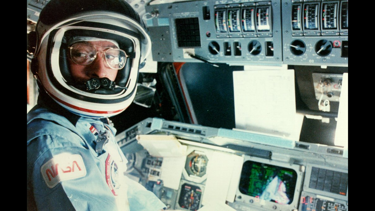 first space shuttle mission astronaut - photo #31