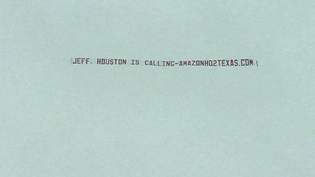 Seattle Plane Makes Pitch To Bring Amazon To Houston