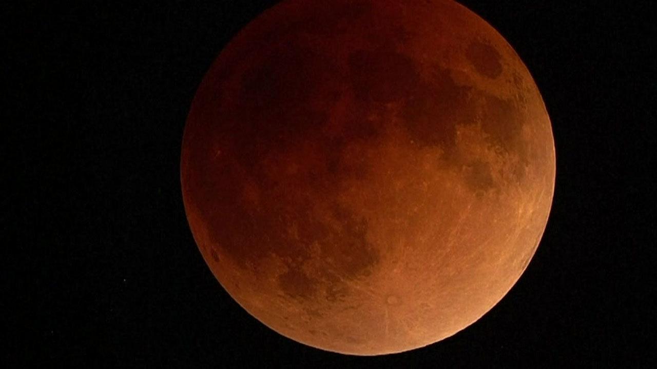 Super blue blood moon brings rare triple treat