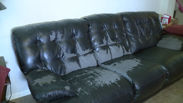 Video Thumbnail For Consumer Expert Amy Davis Gets Full Refund Customer With Flaky Furniture