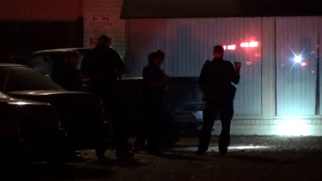 Man Shot In The Leg During Robbery In Montrose Police Say