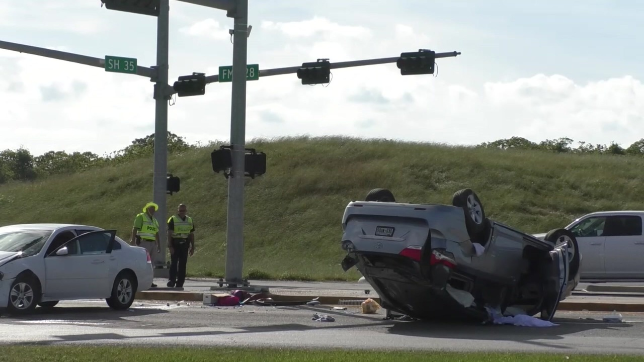 Second deadly accident involving juveniles reported in Alvin