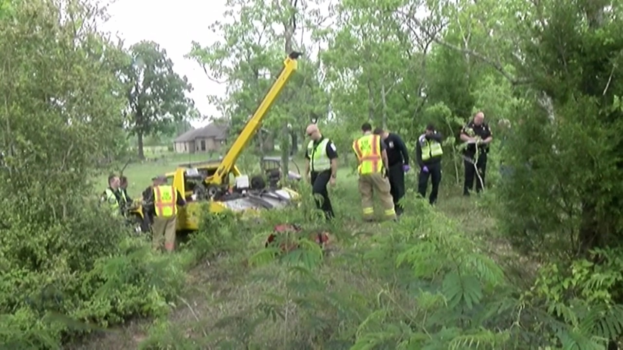 Man Dead After Vehicle Found Submerged In Pond Behind Home In