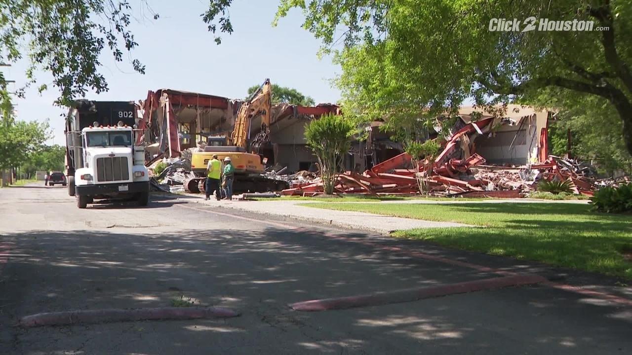 Demolition Begins On Historic Synagogue In Southwest Houston
