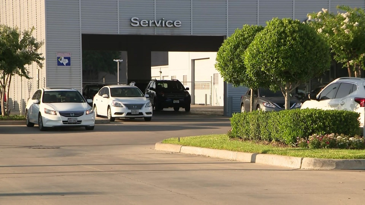 Nissan Dealership Houston >> Cars stolen from west Harris County dealership after oil...