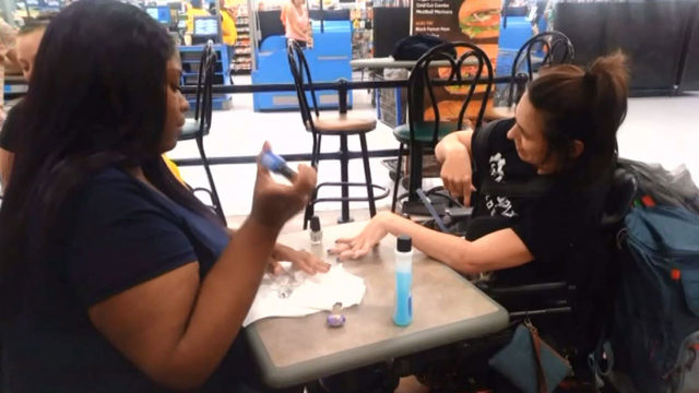 Walmart Employee Paints Disabled Womans Nails After Being