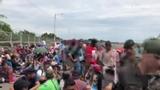 Migrant caravan reaches Mexico border