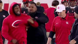 Beef! UH's Ed Oliver, Major Applewhite have heated exchange