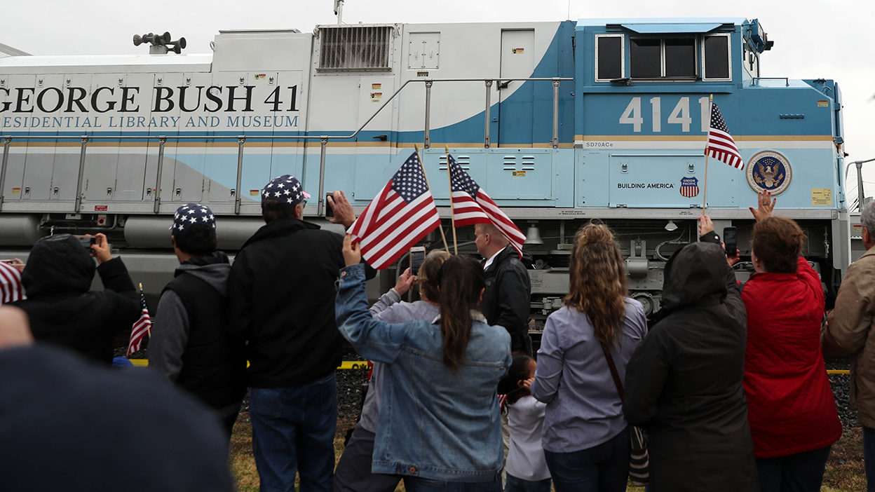 Thousands Pay Respects As 4141 Train Carrying Pres George