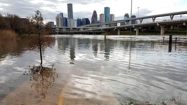 powerful storms flood roads cause damage in houston area