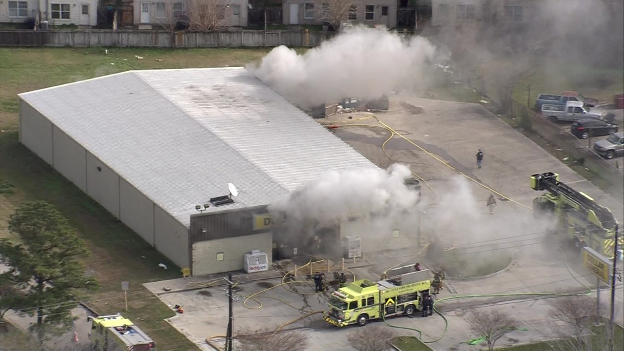 Thumbnail For Sky 2 Flies Over 2 Alarm Fire At Dollar General Store