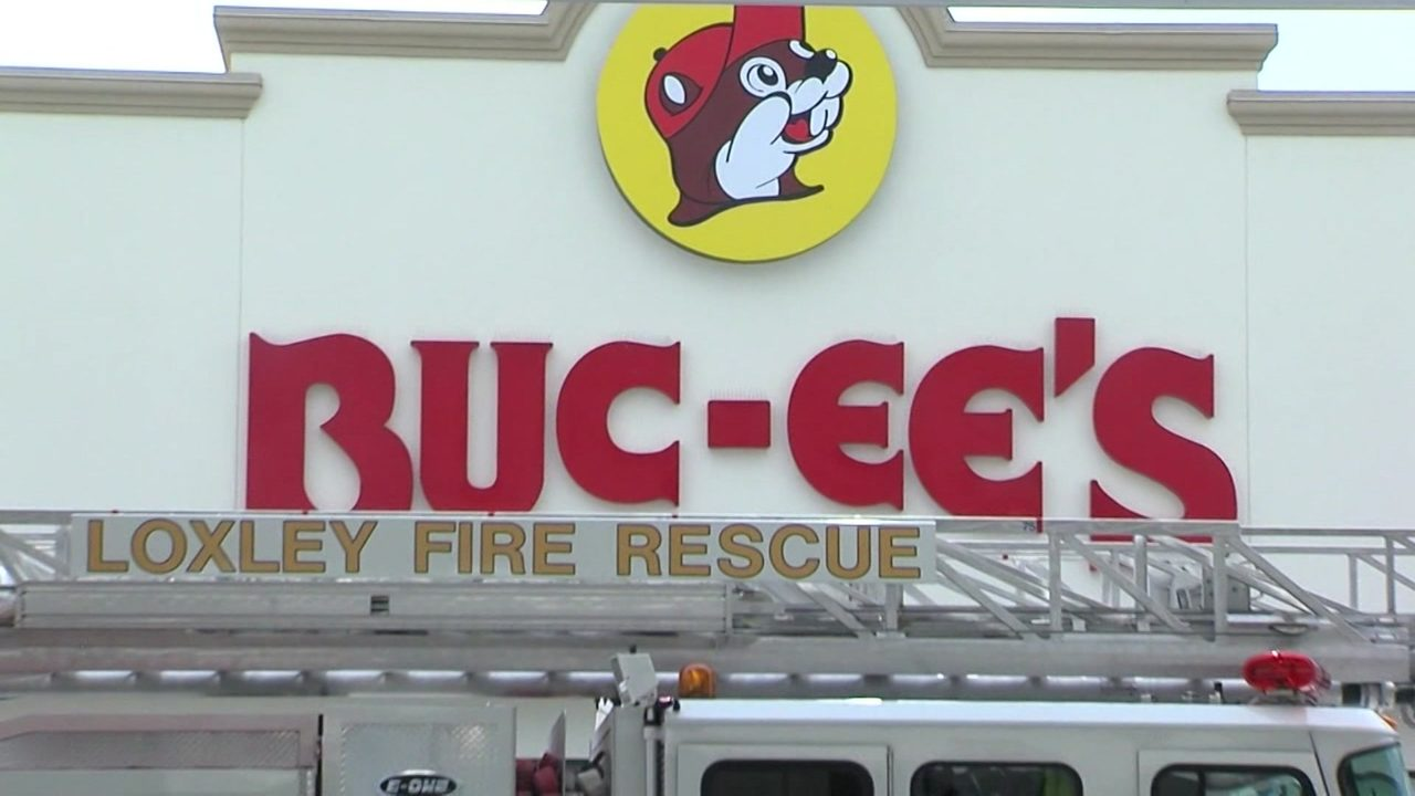 Low Gas Prices >> Under Fire New Alabama Buc Ee S Sued For Low Gas Prices